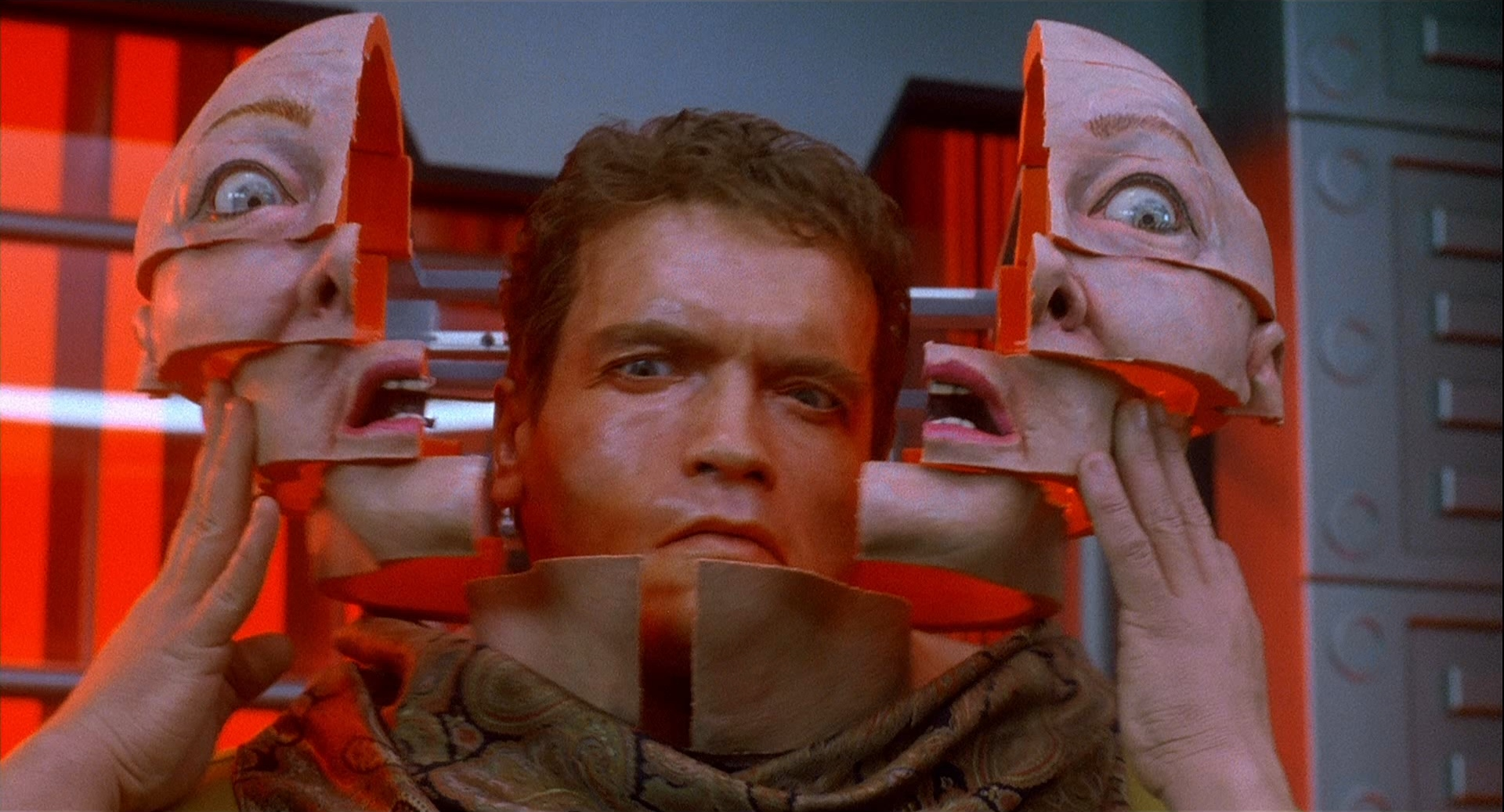 Movie Review: Total Recall (1990) | reviewswithatude